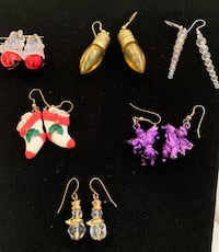 Christmas earrings Waterloo, N2T 0B6