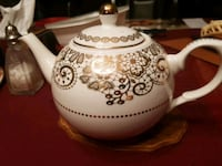 white and brown ceramic teapot 3747 km