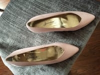 Size 7 leather blush Jessica shoes