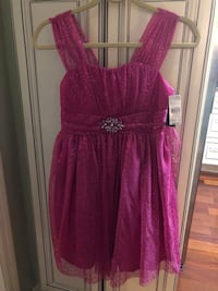 Size 16 girls pink dress Mt Airy, 21771