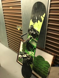 Rome snowboard with bindings  Fairfax, 22030