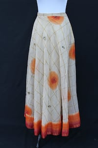 Beautiful Ivory Indian Silk skirt w/Lining Castaic, 91384