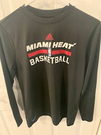 Long sleeve T shirt Miami Heat Youth Large  14-16 Lincoln, 68502