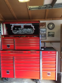 red and black tool cabinet 547 mi