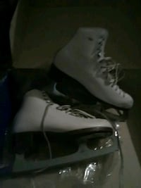 Riedell ice skates. Size 8 Lafayette, 70508