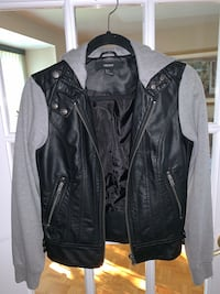 Women's Black & Grey Leather Jacket Montréal, H1E 4J5