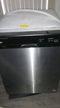 black and gray Frigidaire dishwasher Memphis, 38120