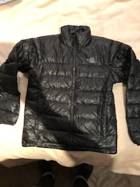 The North Face black goose down jacket sz S Burnaby, V5G 3X4