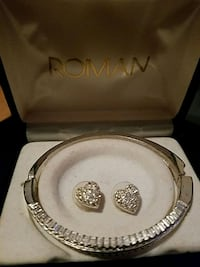 round silver-colored  bracelet and earrings  Kearny, 07032