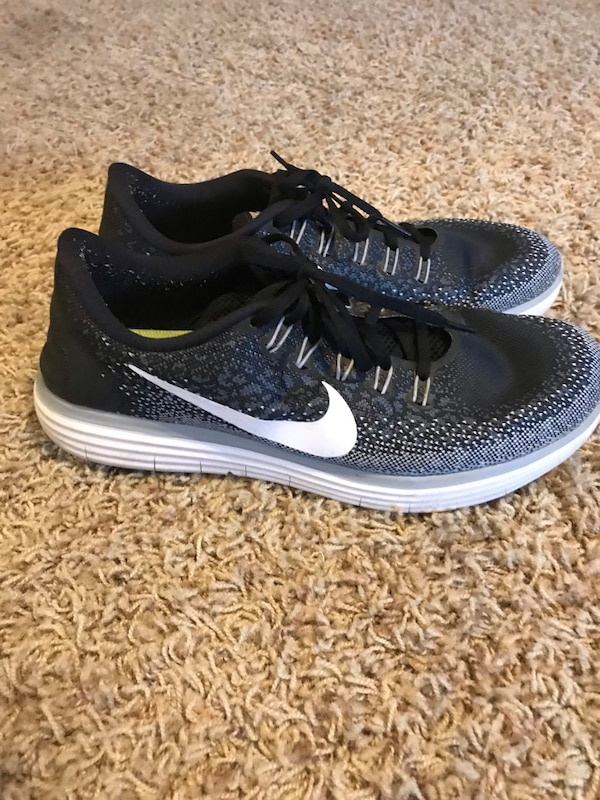 5336f8d6c9ecce Used Nike running shoe for sale in Frisco - letgo