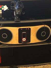 Marley boom box amplified speaker North Vancouver, V7N 3S6