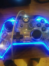Xbox one after glow controller  Chicago, 60639