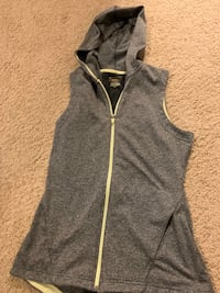 Workout vest. Size small.
