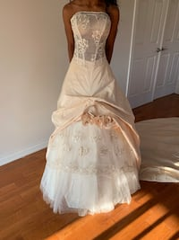 Wedding dress (never married in) Markham, L3R 3H7