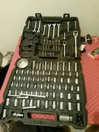 black and gray socket wrench set 1962 km