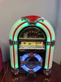 Crosley Desktop Jukebox Evans, 30809