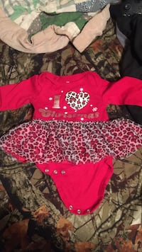 0bb4bf82d36f Used Boys 12Month Onesie for sale in Calhoun - letgo
