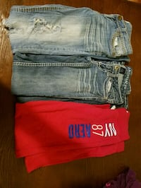 2 jeans 1 jogger size 0 and smal Morrilton, 72110