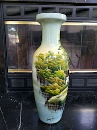 Hand painted vase Woodbridge, 22193