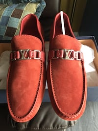 Louis Vuitton Loafers Berwyn, 60402