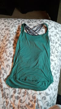Lululemon free to be serene tank  Redwood City, 94061