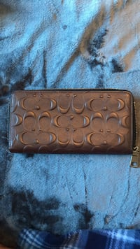 Coach Men's Wallet London, N6P 0E2