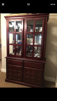 brown wooden framed glass display cabinet Patterson, 95363