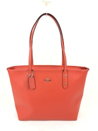 Coach City Zip Tote in Crossgrain Leather Las Vegas