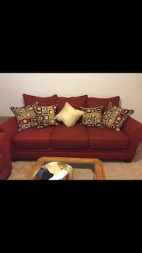 red fabric 2-seat sofa with throw pillows Kissimmee, 34743