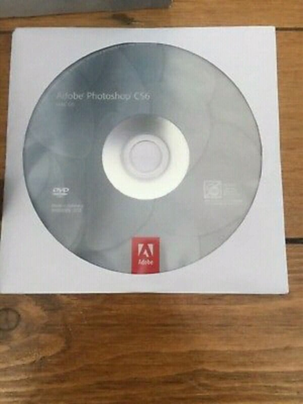Adobe Photoshop CS6 DVD da8178e7-ac02-4b0a-939c-a2e01819b16b