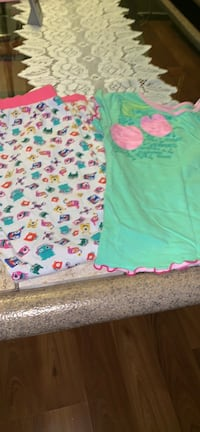 Pijama for girls size 6/7  Calgary, T1Y 4G9