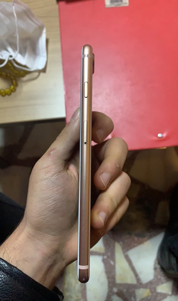 Iphone 8 plus 95b68b1e-b66c-4aec-aa7d-49e34568e0c7