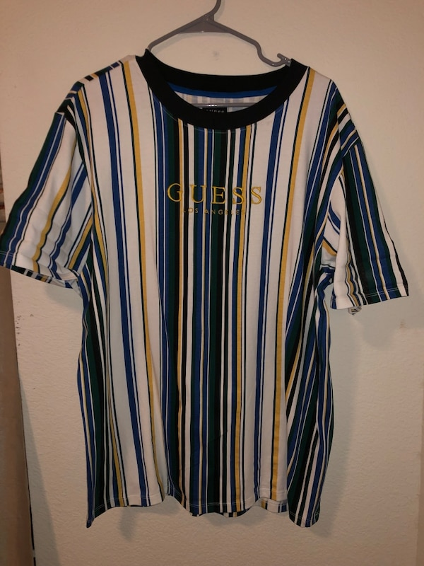 4e2dbbbe19 Used GUESS Striped T-Shirt for sale in Plano - letgo