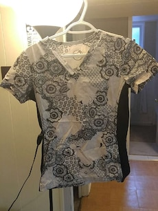 women's white and black floral V neck shirt