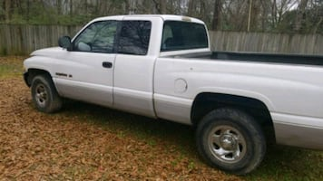 2000 Dodge Ram Pickup 1500 REGULAR CAB SWB
