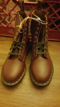 Dr. Martens (The Archive Collection Series) 2237 mi