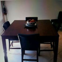 Kitchen Table Whitchurch-Stouffville, L4A 0S9