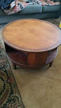 Antique Leather round coffee table