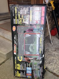 EZ hockey net brand new with side and top goal stops London, N6C 3S4