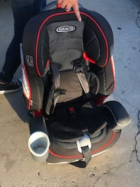Car seat almost new
