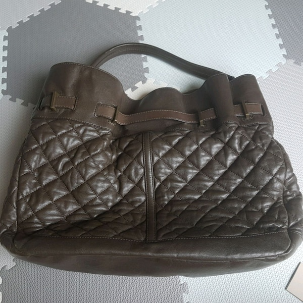 Burberry quilted leather hobo 941bc868-b71a-4796-9cef-00c6bac24bc6