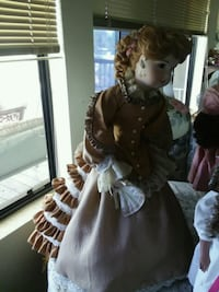 BEAUTIFUL CERAMIC HANDMADE DOLL Dewey, 86327