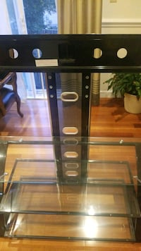 glass game consol/ TV stand- Like new Germantown, 20874