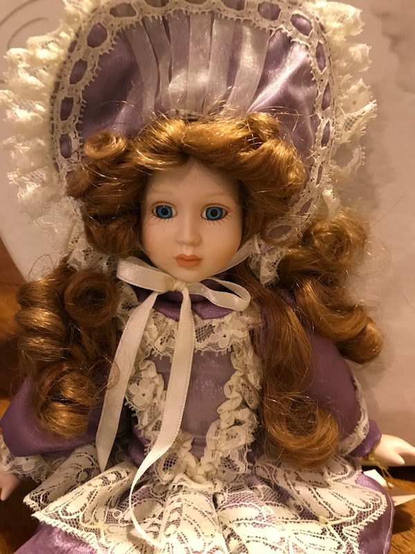 Pretty Victorian Small Porcelain Doll in Lavender & Lace