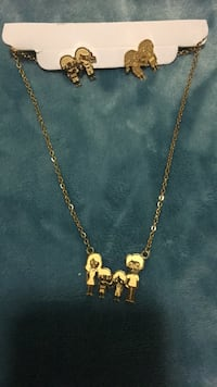 Gold chain link necklace with pendant family