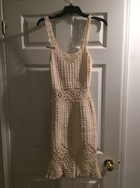beige spaghetti-strap knitted dress Mississauga, L5R 2A4