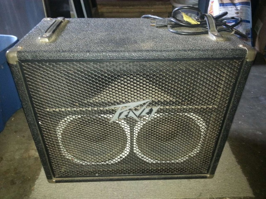 vintage-peavey-bass-amp-my-sister-covered-in-cum