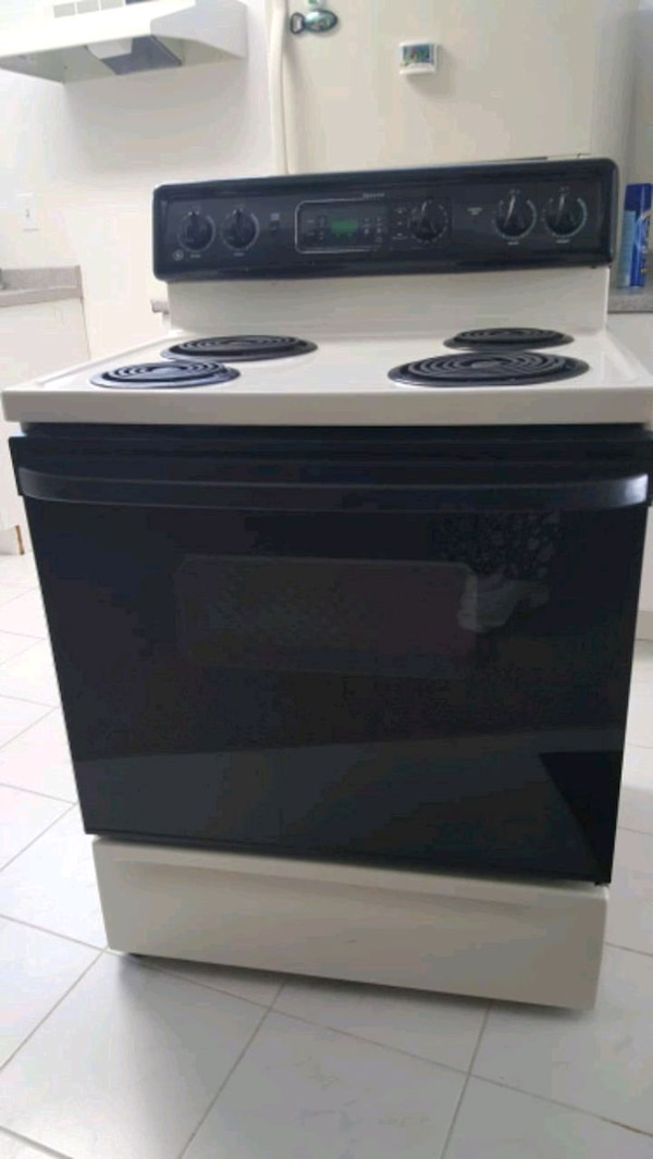 GE Specter Electric Oven