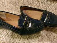 New 9M Bass Leather Loafers (Retail $80) 46 km
