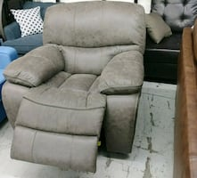 New Power Recliner (Delivery and Finance)
